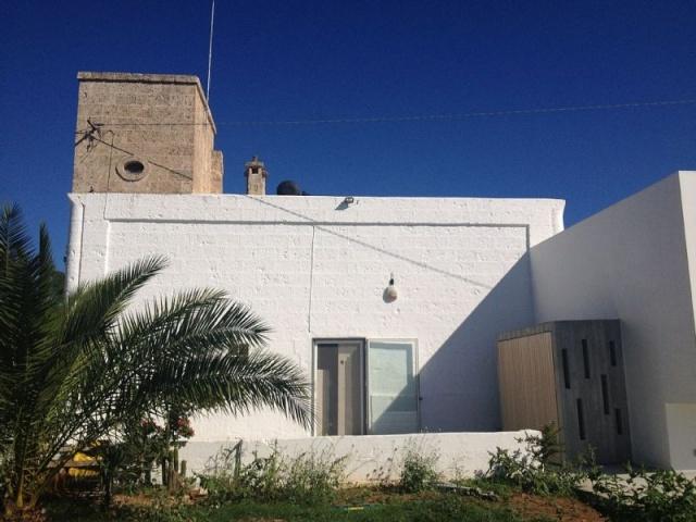 Moderne Villa Met Zwembad En Zeezicht In Puglia 3