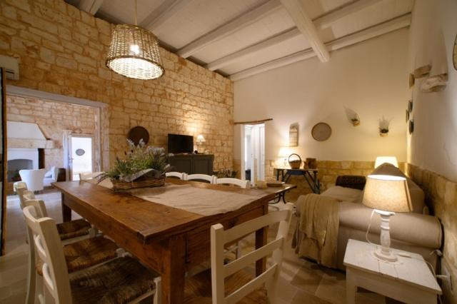 Puglia Conversano Luxe Masseria Met Zwembad 13