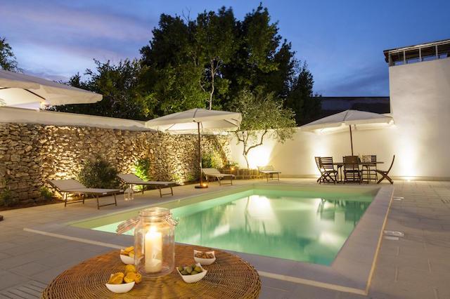 Salento Puglia Stadsappartement Met Zwembad 27