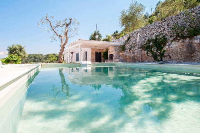 Trullo Met Zwembad Bij Fasano Puglia 1