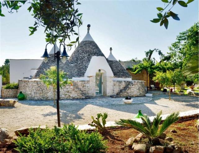 Trullo Op Vakantieparkje Puglia 7