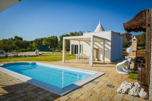 Trullo Vakantiehuis In Carovigno Met Eigen Zwembad 1