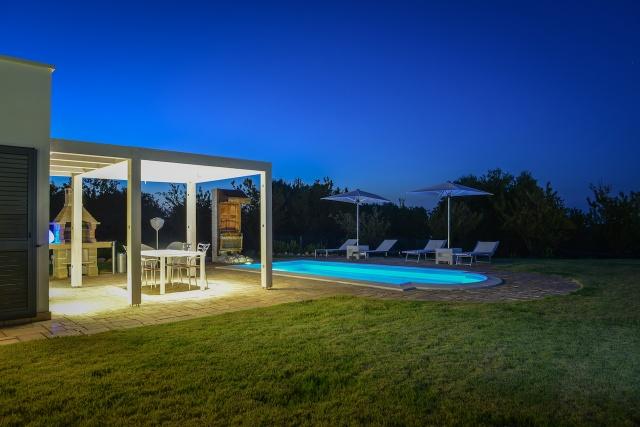 Trullo Vakantiehuis In Carovigno Met Eigen Zwembad 10