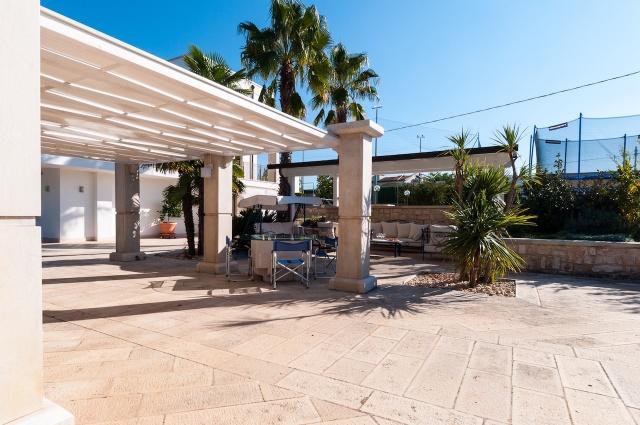Villa Met Zwembad En Tennisbaan Martina Franca 10