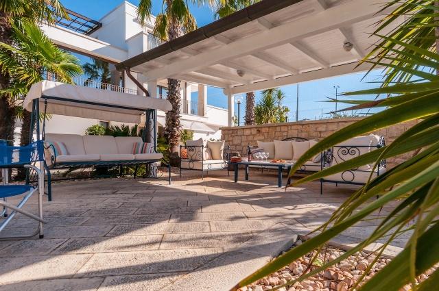 Villa Met Zwembad En Tennisbaan Martina Franca 11