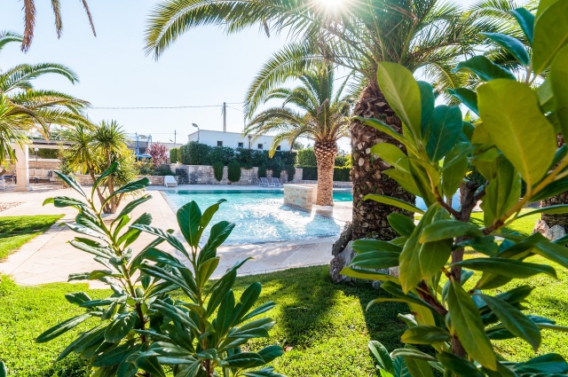 Villa Met Zwembad En Tennisbaan Martina Franca 13