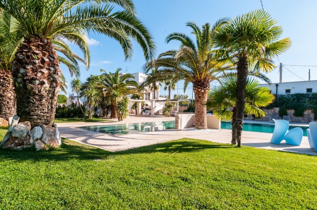Villa Met Zwembad En Tennisbaan Martina Franca 4