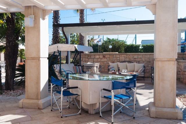 Villa Met Zwembad En Tennisbaan Martina Franca 9