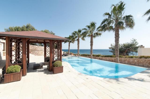 Villa Met Zwembad En Zeezicht Puglia 10