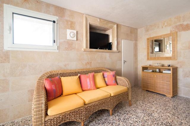Villa Met Zwembad En Zeezicht Puglia 14
