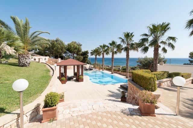 Villa Met Zwembad En Zeezicht Puglia 2