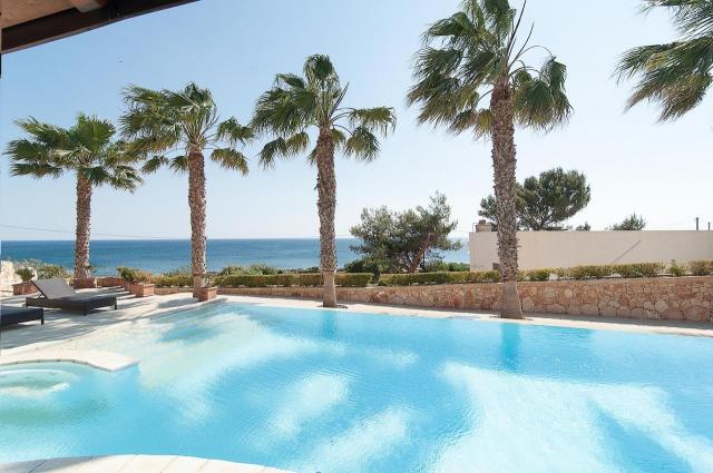 Villa Met Zwembad En Zeezicht Puglia 3