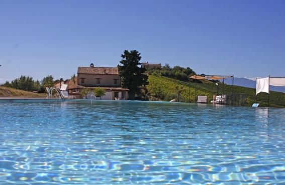 20131021113738Luxe Appartementen Met Zeer Groot Zwembad In Le Marche 6