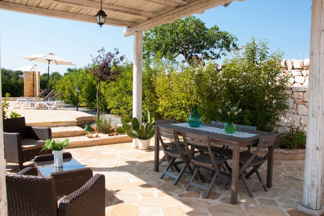 20150306032303kleine Trullo Voor 4p Met Pool Bij Locorotondo In Puglia 7