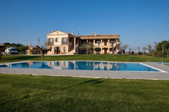 2015102009380905 Residence Met Zwembad Abruzzo
