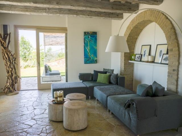 20171116011220Luxe Moderne Villa Le Marche 21