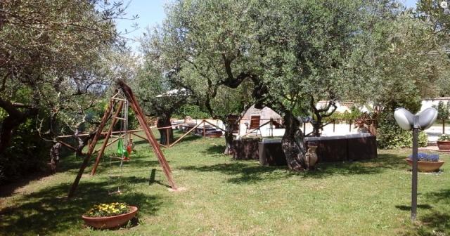 Abruzzo Pianella Agriturismo Zwembad 8