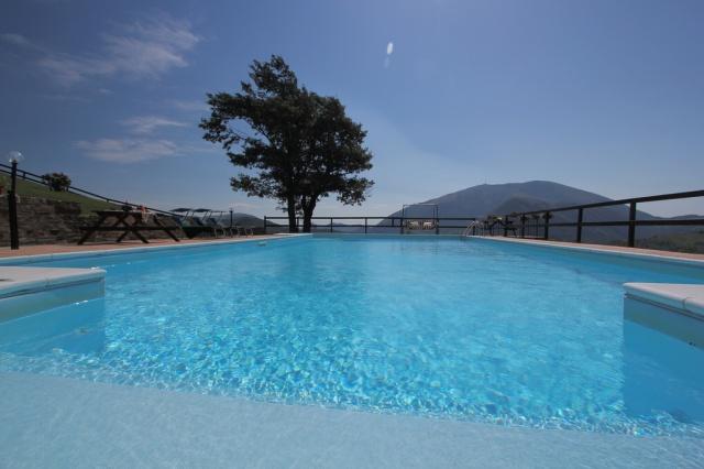 Appartement In Villa Met Groot Zwembad In Le Marche 1