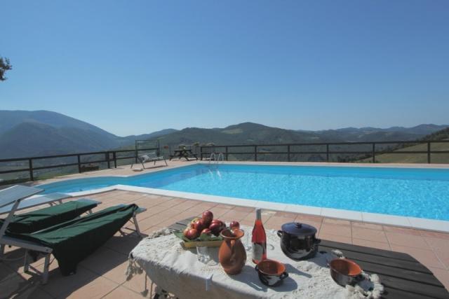 Appartement In Villa Met Groot Zwembad In Le Marche 2