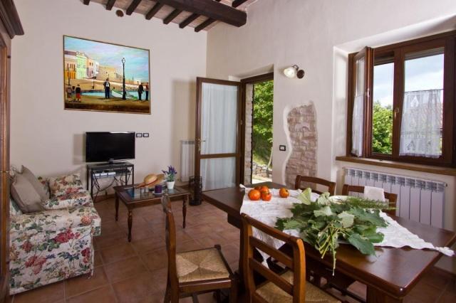 Appartement In Vrijstaande Villa In Noord Le Marche 26