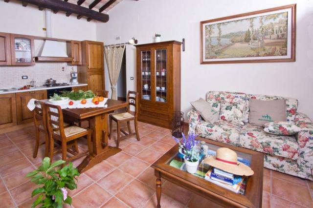 Appartement In Vrijstaande Villa In Noord Le Marche 27