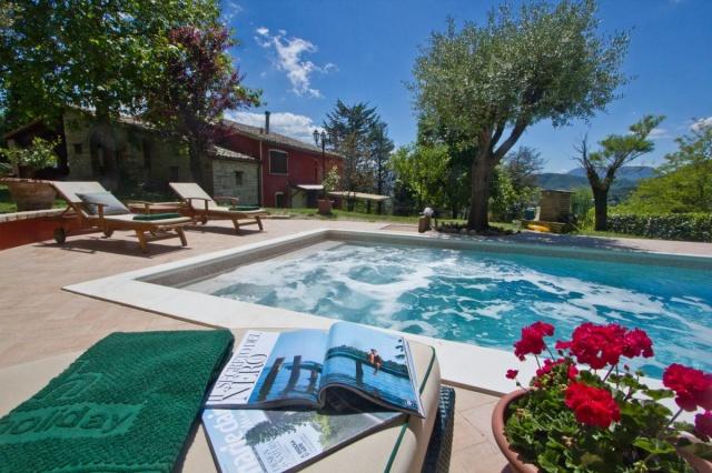 Appartement Met Zwembad In Villa Le Marche 1