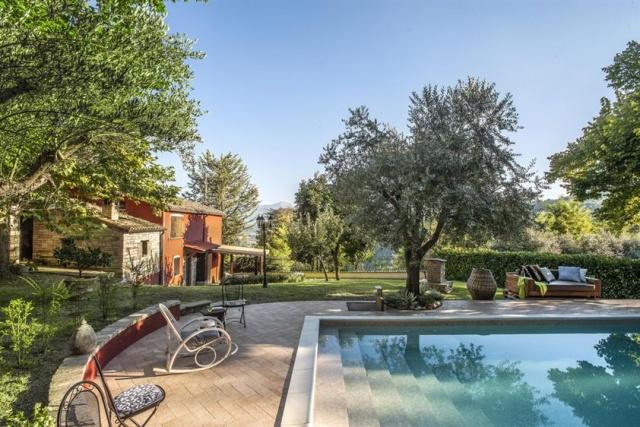Appartement Met Zwembad In Villa Le Marche 32