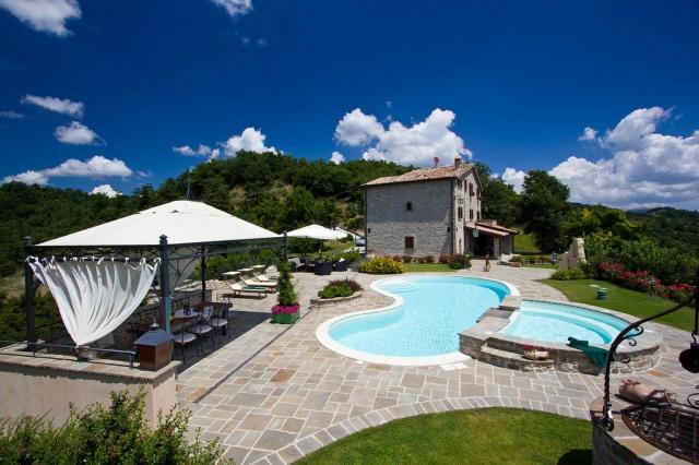 Appartementen Met Zwembad Bij Apecchio Le Marche 13