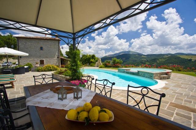 Appartementen Met Zwembad Bij Apecchio Le Marche 6