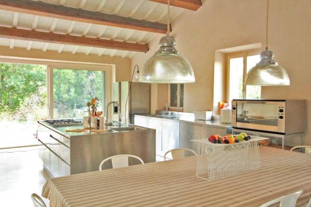 Compleet Vrij Gelegen Villa Pergola 18