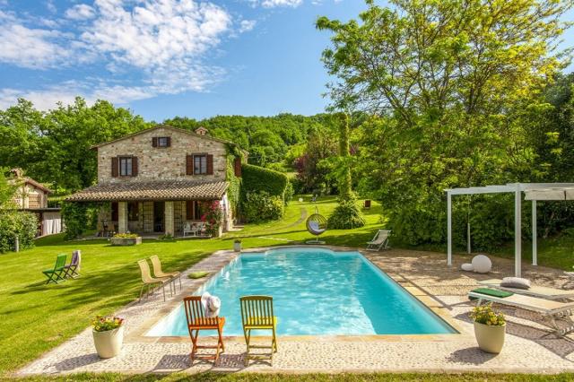 Fermignano Le Marche Luxe Villa Zwembad 1