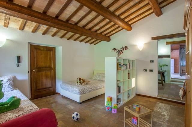 Fermignano Le Marche Luxe Villa Zwembad Slaapkamer 4