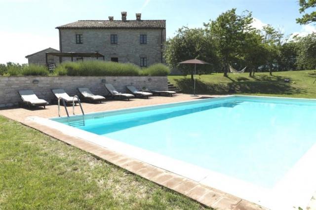 Grote Villa Met Zwembad In Le Marche 1