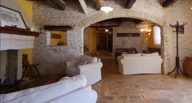 Grote Villa Met Zwembad In Le Marche 15