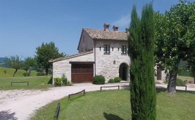 Grote Villa Met Zwembad In Le Marche 22b