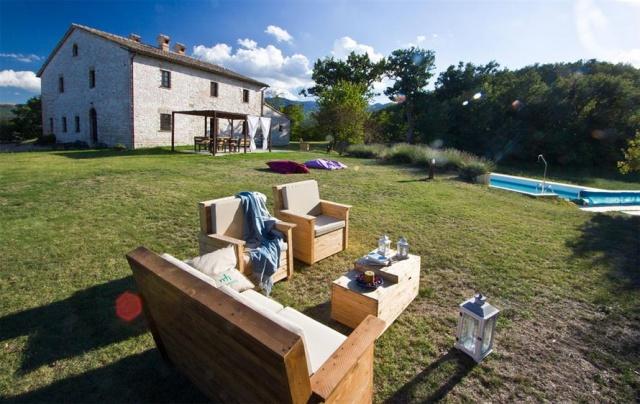 Grote Villa Met Zwembad In Le Marche 26a