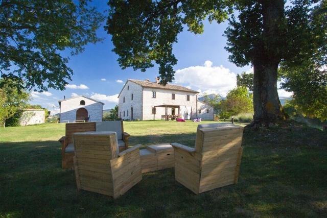 Grote Villa Met Zwembad In Le Marche 36a