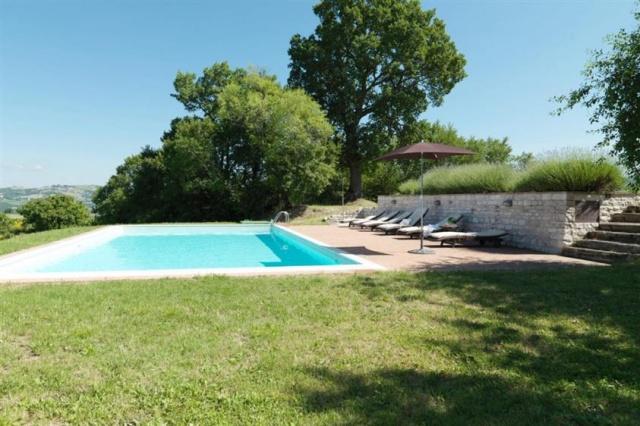 Grote Villa Met Zwembad In Le Marche 6