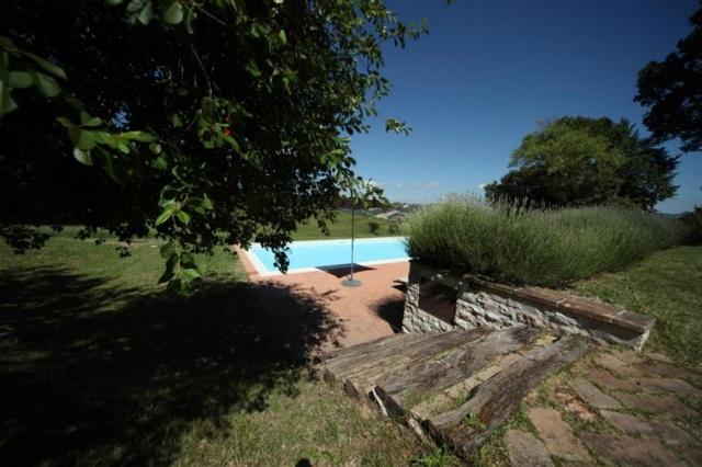 Grote Villa Met Zwembad In Le Marche 6b