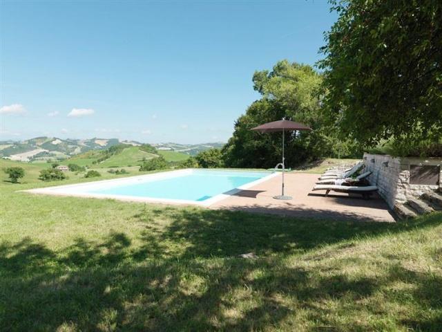 Grote Villa Met Zwembad In Le Marche 6d