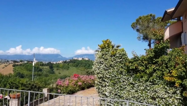 Le Marche Abruzzo Appartementen Groot Zwembad Loopafstand Dorp 26