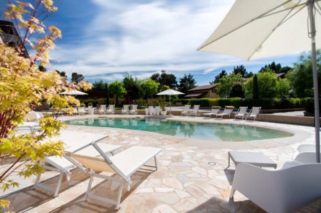 Le Marche San Severino Luxe Villa Park Zwembad 3