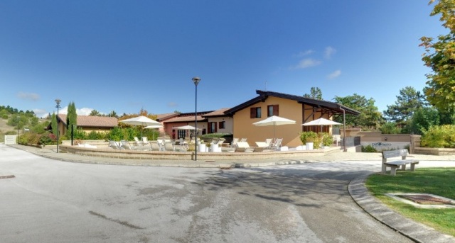 Le Marche San Severino Luxe Villa Park Zwembad 3a