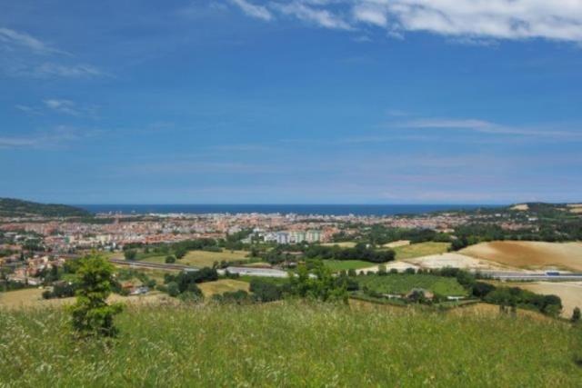 Le Marche Vrijstaande Villa Vlak Zee 6
