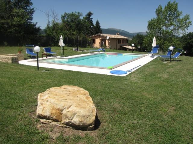Le Marche Compleet Vrijgelegen Villa Met Zwembad 10