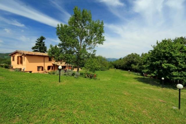 Le Marche Compleet Vrijgelegen Villa Met Zwembad 25