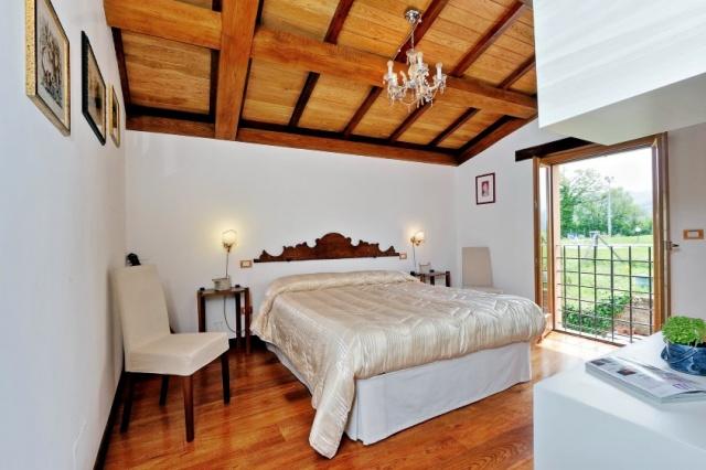 Le Marche Compleet Vrijgelegen Villa Met Zwembad 50