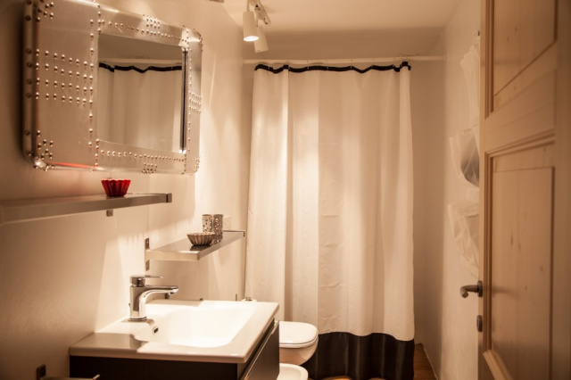 Le Marche Luxe Appartementen LMV2180B Badkamer1