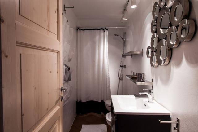 Le Marche Luxe Appartementen LMV2180B Badkamer2