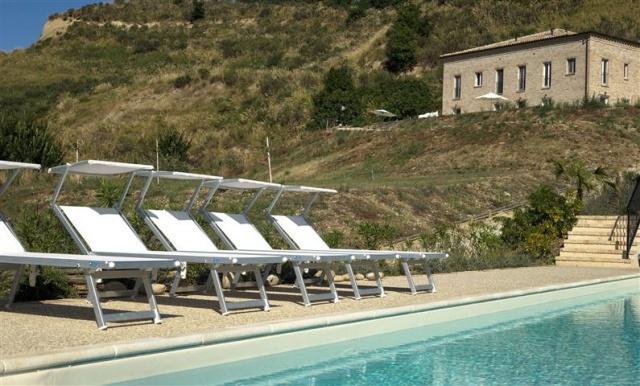 Luxe Appartement Met Zwembad 1